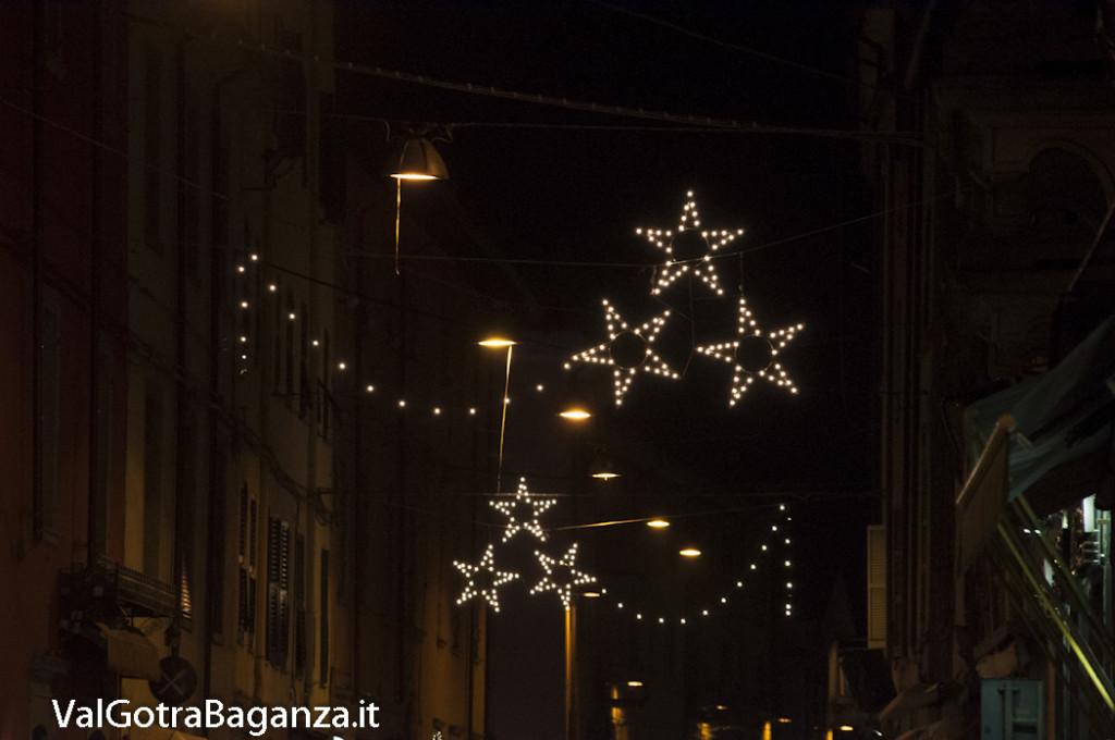 Borgotaro (200) Natale luminarie
