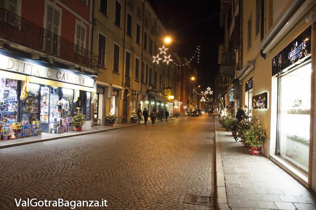 Borgotaro (203) Natale luminarie