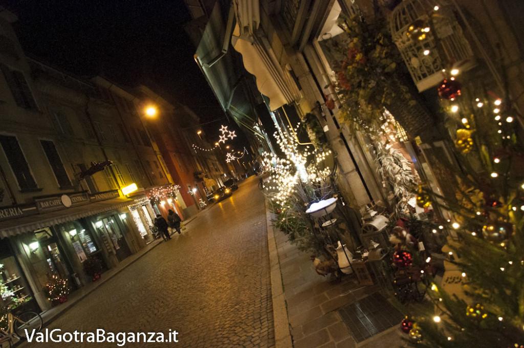 Borgotaro (205) Natale luminarie