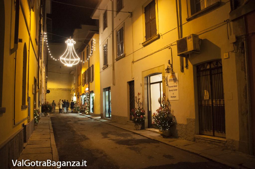 Borgotaro (226) Natale luminarie