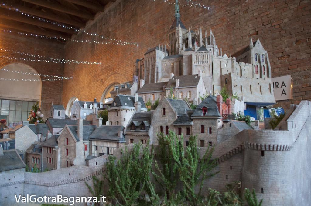 Mercatino Natale (147) Mont-Saint-Michel