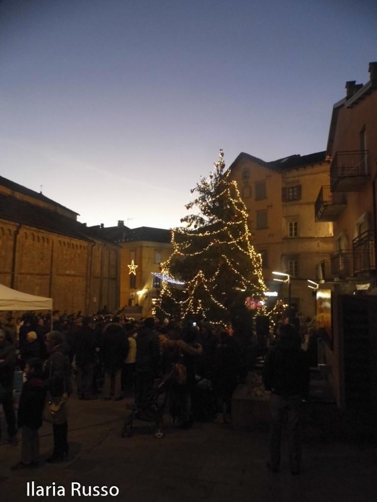 Natale (127) Berceto Albero accensione