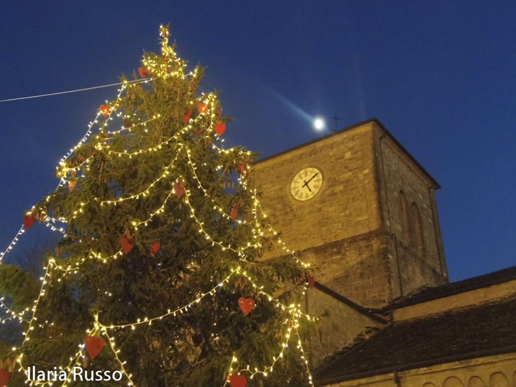Natale (132) Berceto Albero accensione