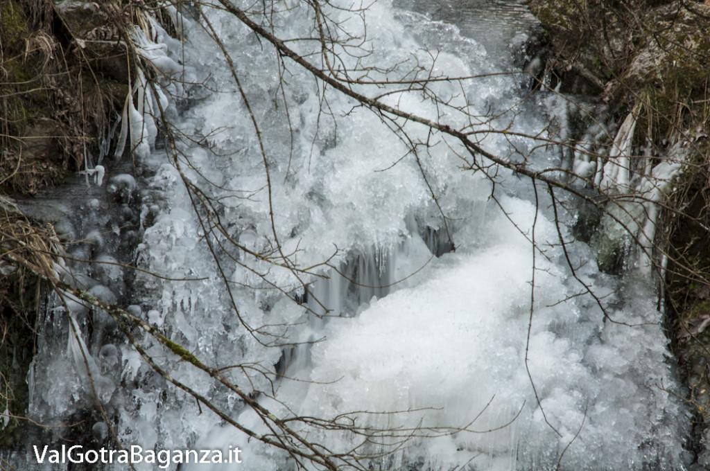 Cascata Monteroppo (112) ghiaccio