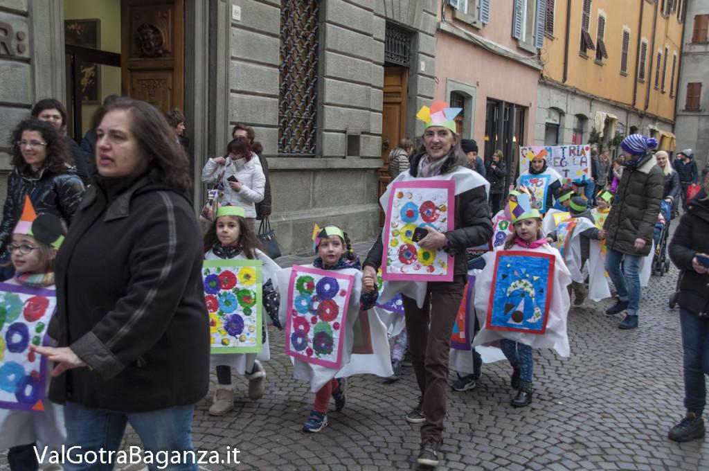 Carnevale Borgotaro (189) Sfilata asili