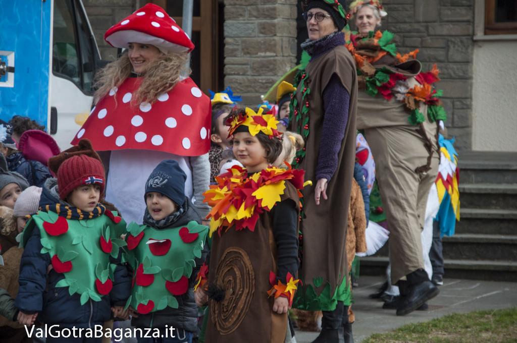 Carnevale Borgotaro (198) Sfilata asili