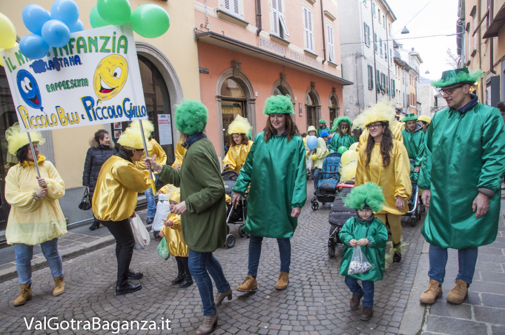 Carnevale Borgotaro (293) Sfilata asili