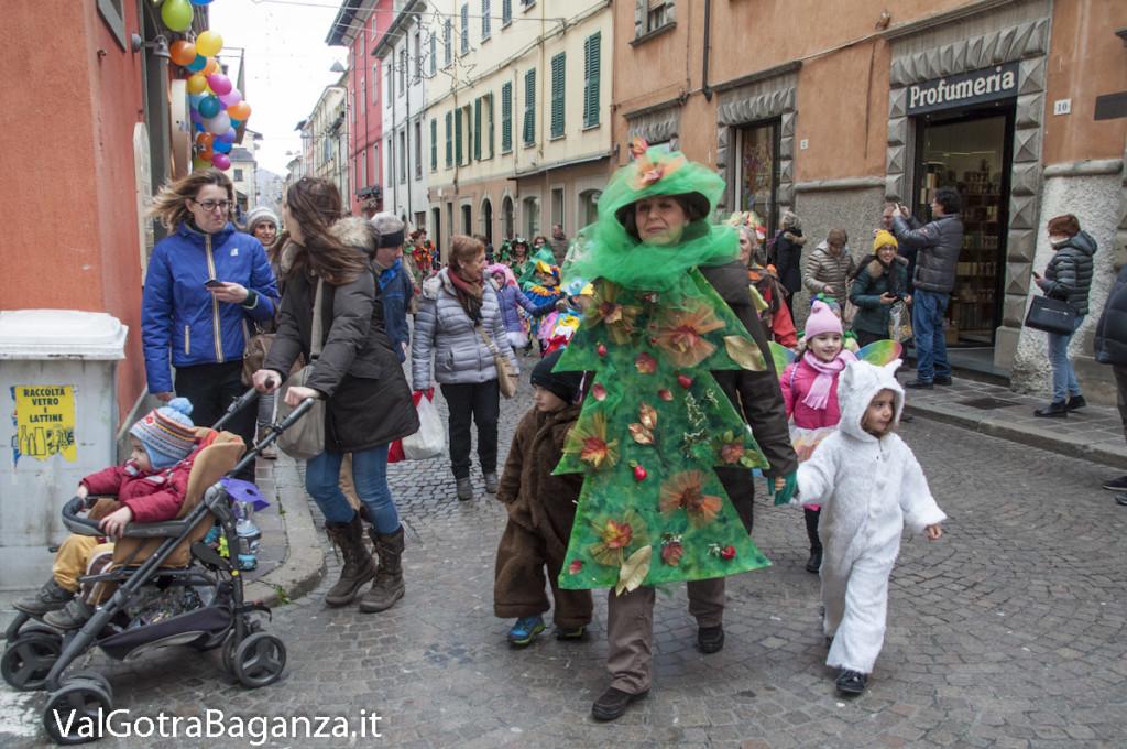 Carnevale Borgotaro (359) Sfilata asili