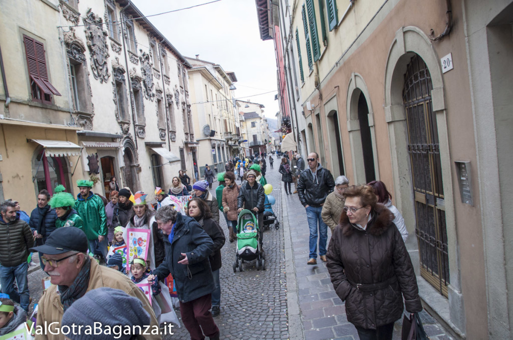 Carnevale Borgotaro (402) Sfilata asili