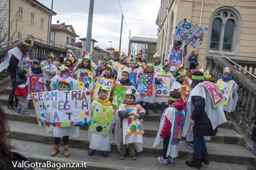Carnevale Borgotaro (417) Sfilata asili