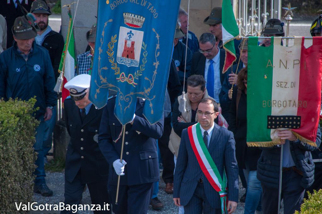 25-aprile-109-borgo-val-di-taro-messa