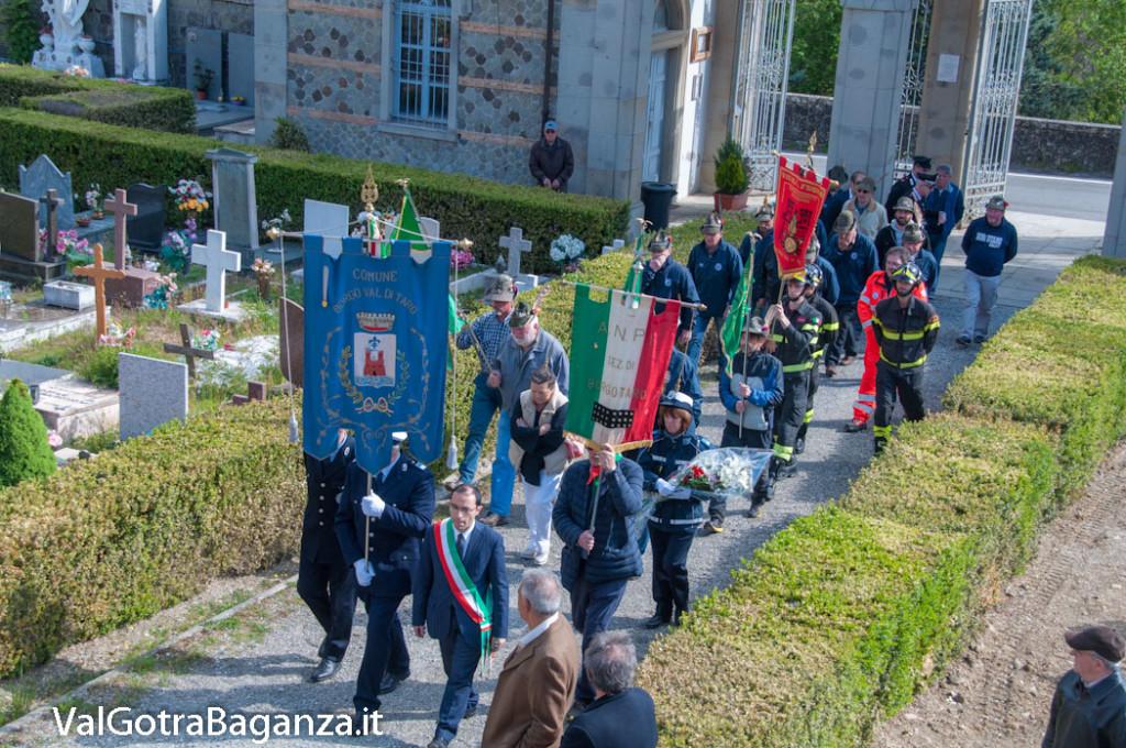 25-aprile-114-borgo-val-di-taro-messa