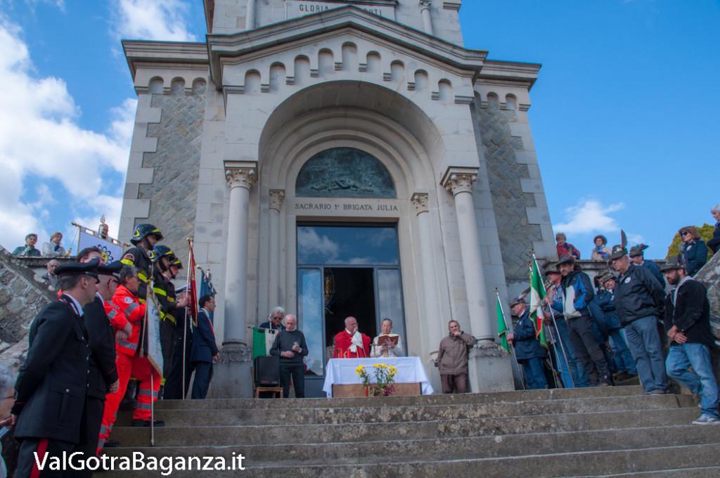 25-aprile-140-borgo-val-di-taro-messa