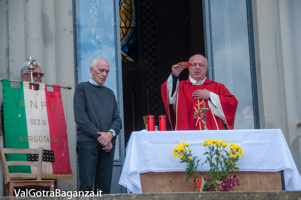 25-aprile-157-borgo-val-di-taro-messa