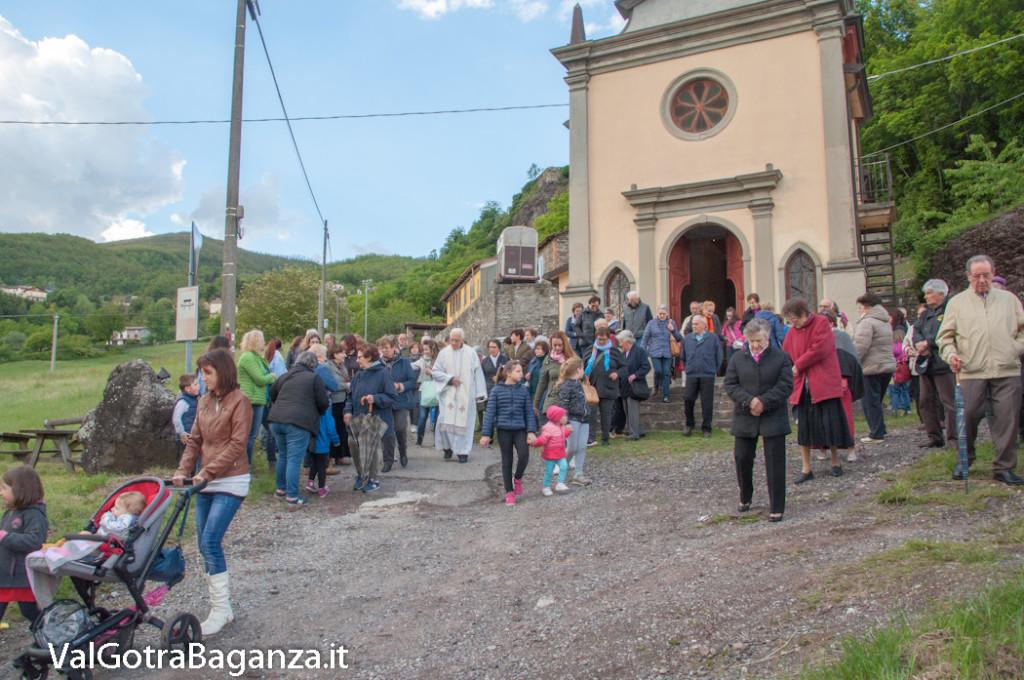 festa-alla-beata-vergine-di-pompei-177-processione