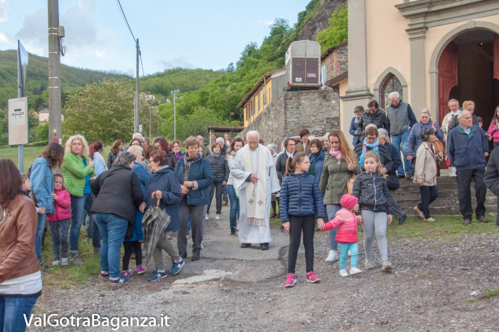 festa-alla-beata-vergine-di-pompei-178-processione