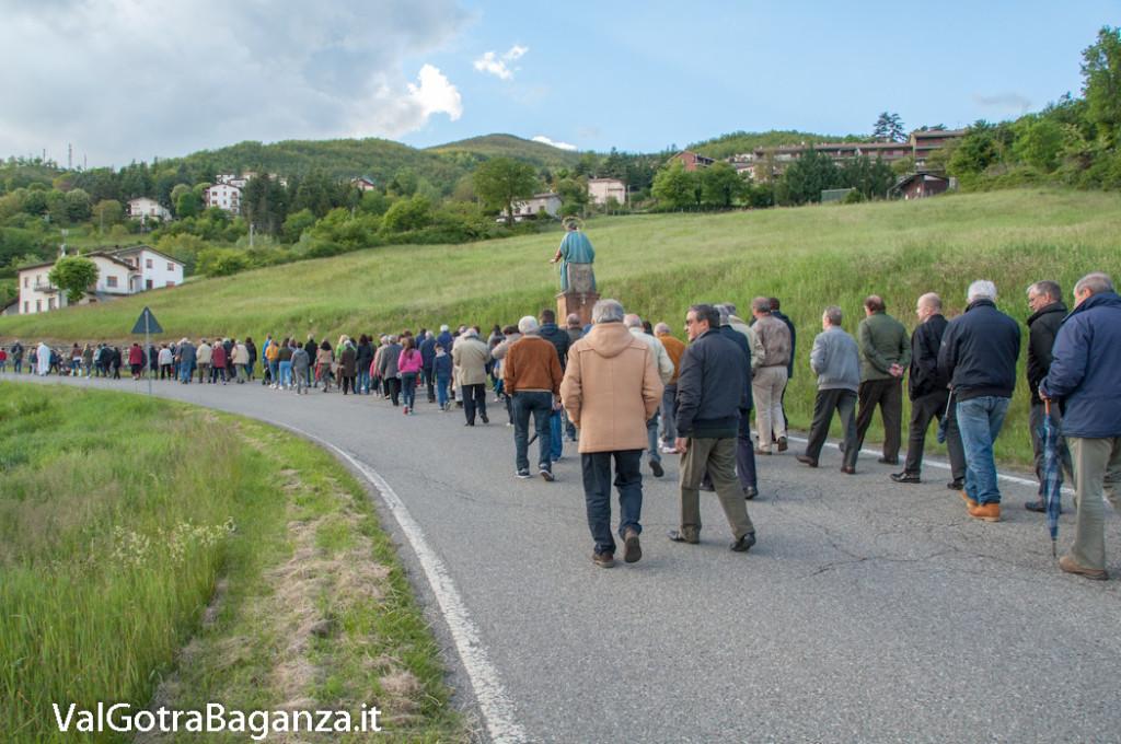 festa-alla-beata-vergine-di-pompei-222-processione