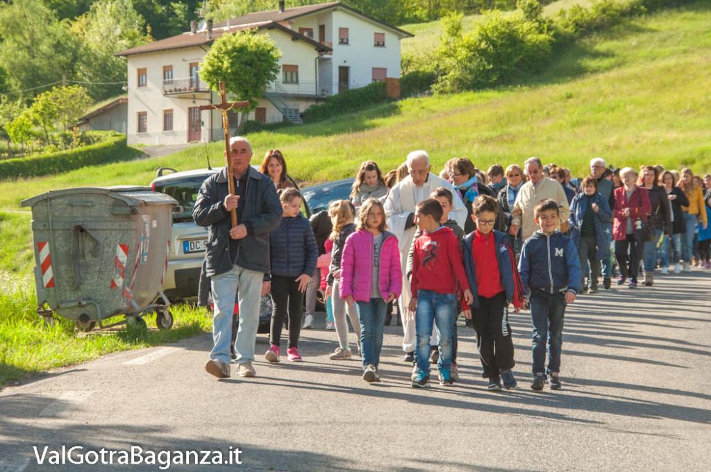 festa-alla-beata-vergine-di-pompei-261-processione