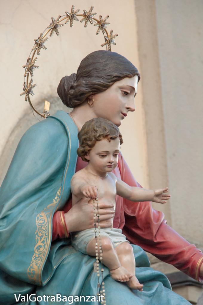 festa-alla-beata-vergine-di-pompei-287-benedizione