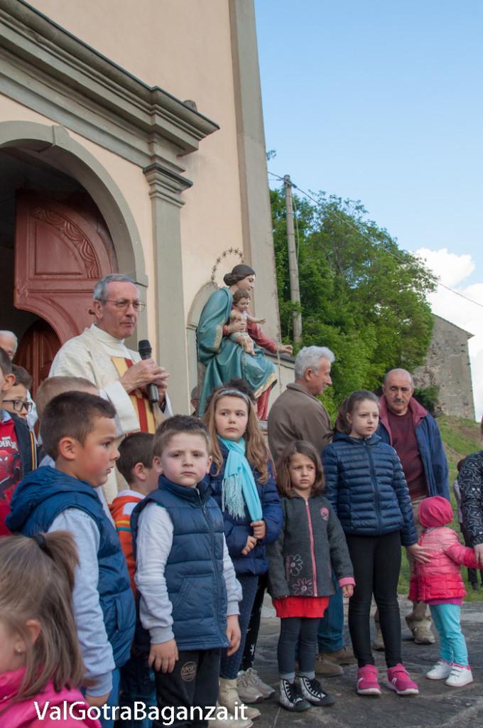 festa-alla-beata-vergine-di-pompei-293-benedizione