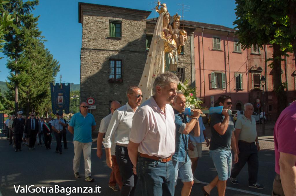 solenne-processione-138-madonna-carmelo