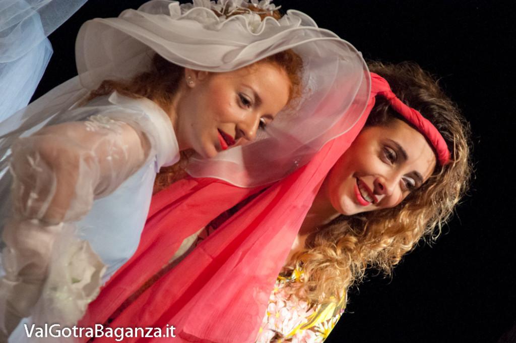 bedonia-693-spose-del-passato-abiti-nuziali