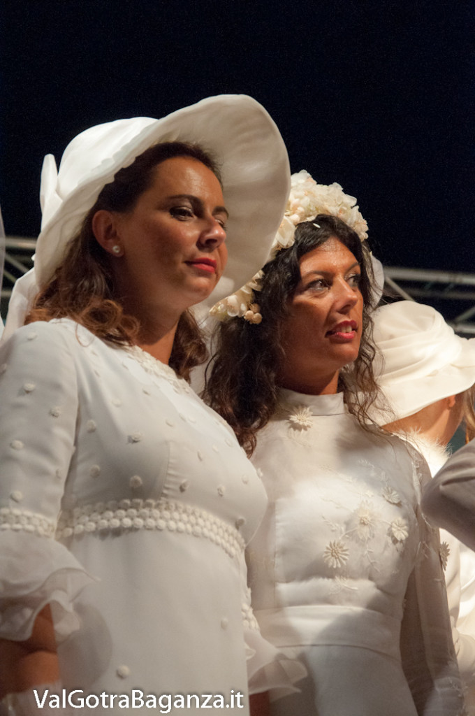 bedonia-701-spose-del-passato-abiti-nuziali