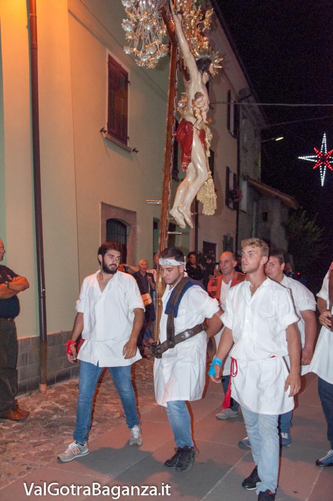 isola-compiano-367-processione