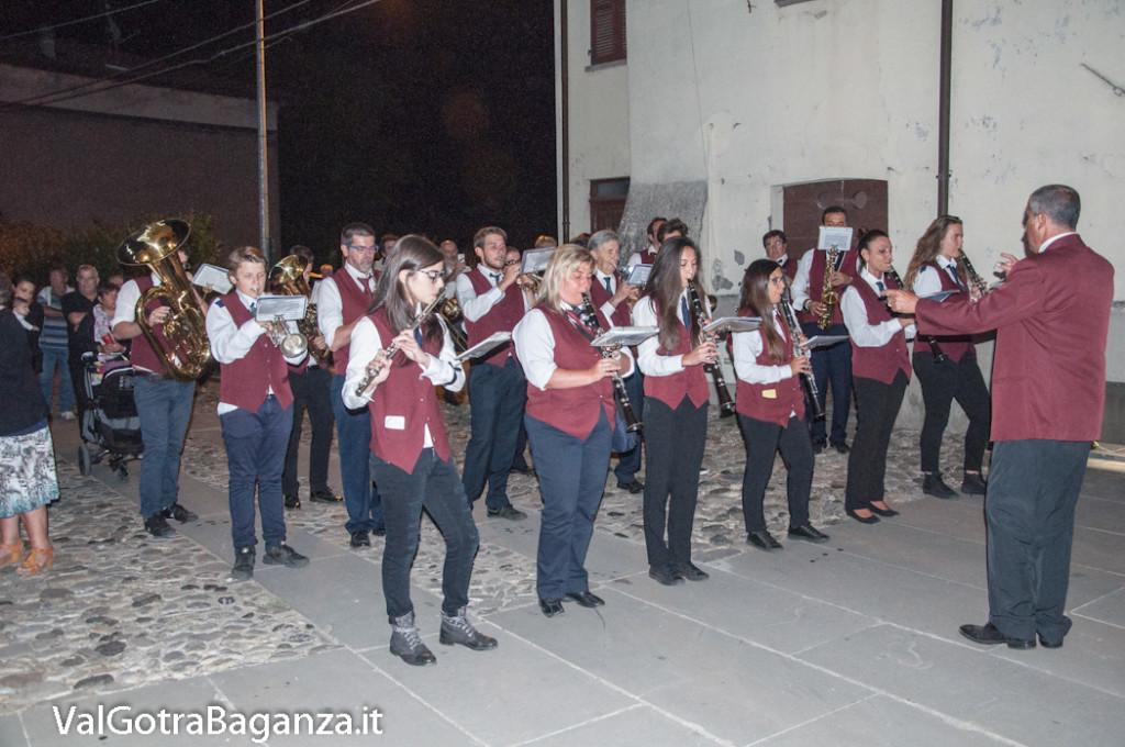 isola-compiano-427-banda-processione