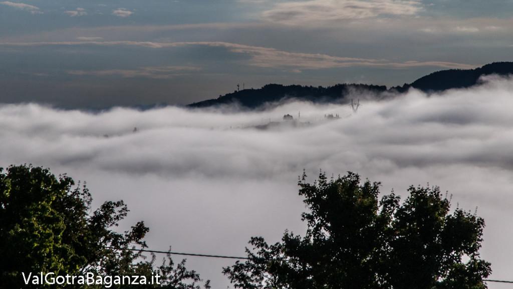 alba-con-nebbia-estiva-104