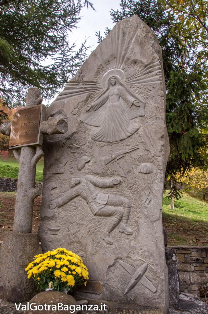 monumento-caduti-112-tiedoli-borgotaro