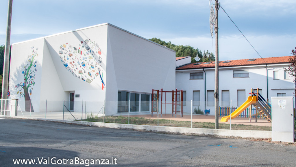 murales-100-isola-compiano