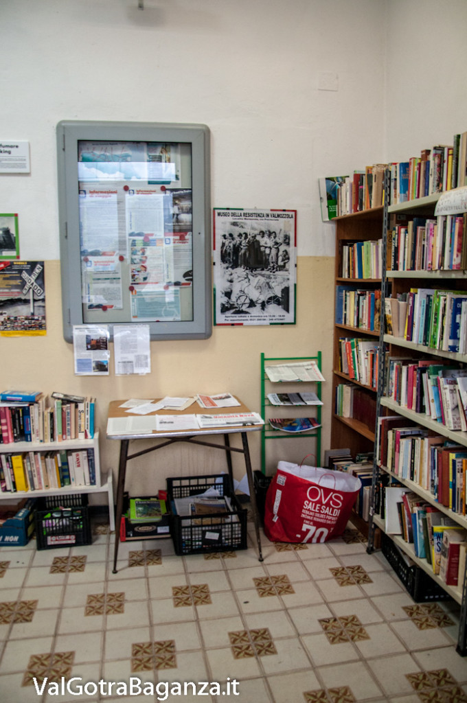 stazione-ferroviaria-103-sala-dattesa-biblioteca