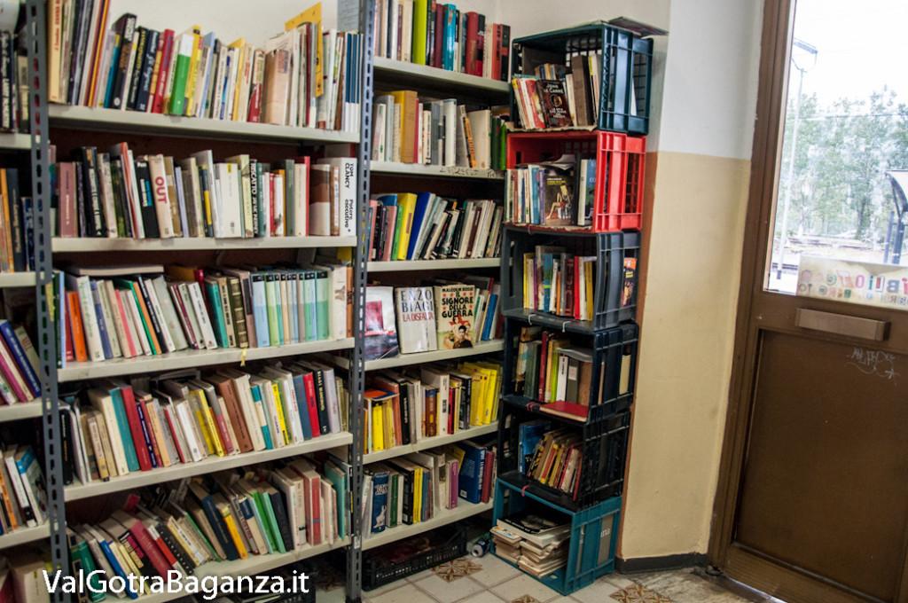 stazione-ferroviaria-108-sala-dattesa-biblioteca