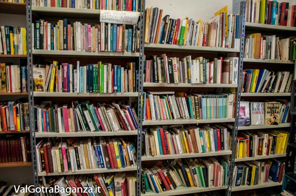 stazione-ferroviaria-109-sala-dattesa-biblioteca