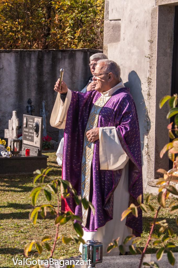 tutti-i-santi-commemorazione-defunti-124-cimitero
