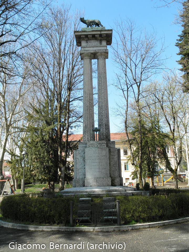 monumento-ai-caduti-borgotaro-dopo