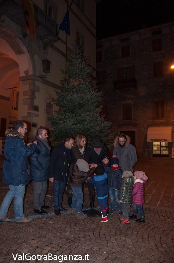 natale-borgotaro-143-luci